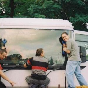 Zdjęcie szyby autobusowej po wymianie