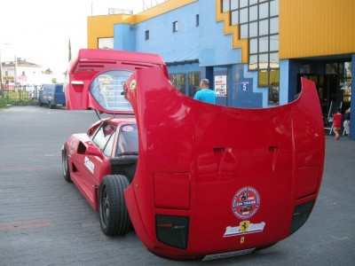 Zdjęcie Ferrari w naszym warsztacie w Warszawie