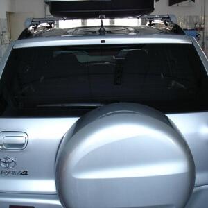 Zdjęcie tylnej szyby SUV'a